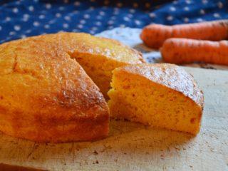 人参ケーキ♡人参たっぷり、きれいなオレンジ色の野菜スイーツ!【農家のレシピ帳】