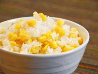 丸ごと!とうもろこしご飯。香りの良い、夏の炊き込みご飯。【農家のレシピ帳】