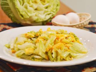キャベツと卵の中華炒め。肉なしでも満足のおかず!【農家のレシピ帳】