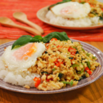 ガパオライス。バジルとひき肉を炒めた本格タイ料理!【農家のレシピ帳】