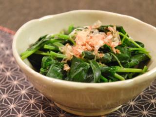 めんつゆで簡単!モロヘイヤのおひたし。ネバネバおいしい夏の副菜♪【農家のレシピ帳】