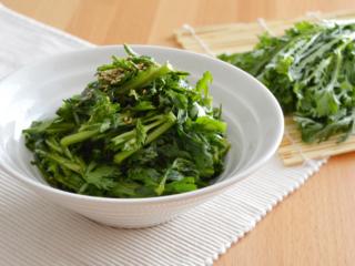 春菊の中華風サラダ。生のままおいしい!【農家のレシピ帳】