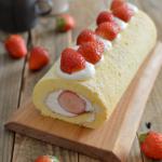 いちごのロールケーキ。別立てでふんわり!春らしいスイーツ♪【農家のレシピ帳】