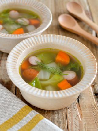 フェンネルのコンソメスープ。簡単で野菜たっぷりの洋風スープ♪【農家のレシピ帳】